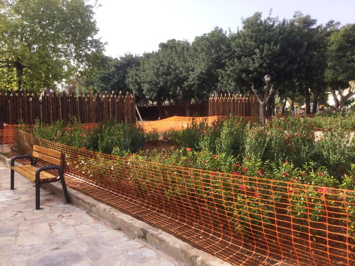Άλιμος: Προχωρούν οι εργασίες διαμόρφωσης ειδικού χώρου για εκδηλώσεις στην πλατεία Καραϊσκάκη
